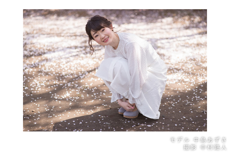 桜ポートレート作例 落ちている桜と撮る