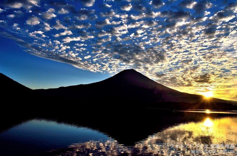 広角レンズで雲を入れた作例1